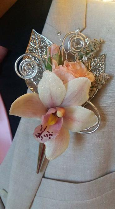 Prom Boutonniere 1