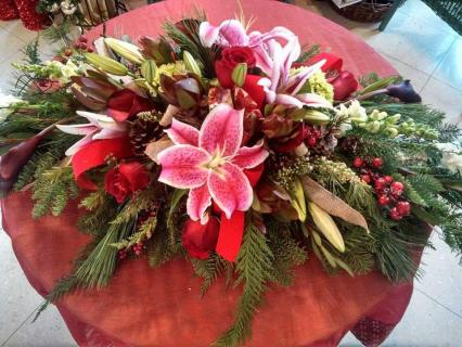 Christmas Themed Wedding Centerpiece