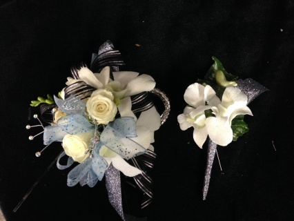 Corsage and Boutonniere Sets